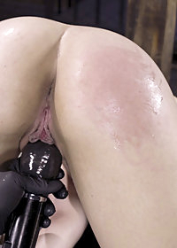 Kink Presents pic 22
